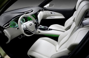 2014-Nissan-Qashqai-interior