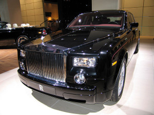 800px-Rolls-Royce_Phantom_(2003)_(IAA_2007)