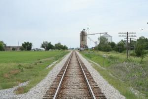 800px-Lotus_Illinois_railroad_tracks