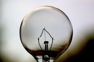 800px-Light_Bulb